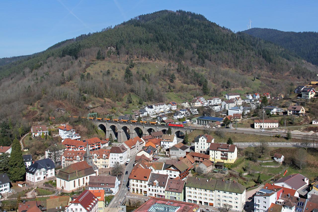 http://badische-schwarzwaldbahn.de/DSO/B61.jpg