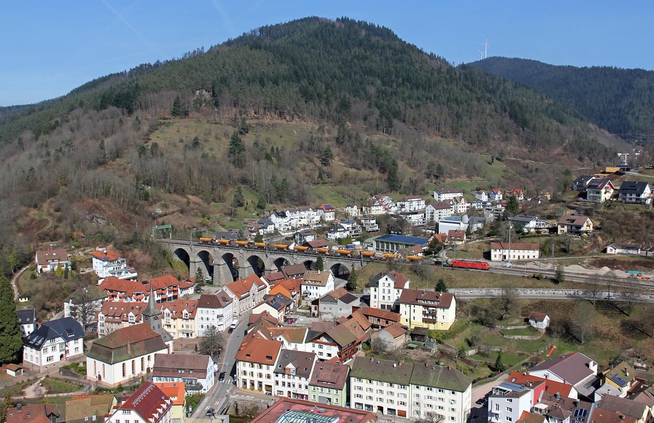 http://badische-schwarzwaldbahn.de/DSO/B62.jpg
