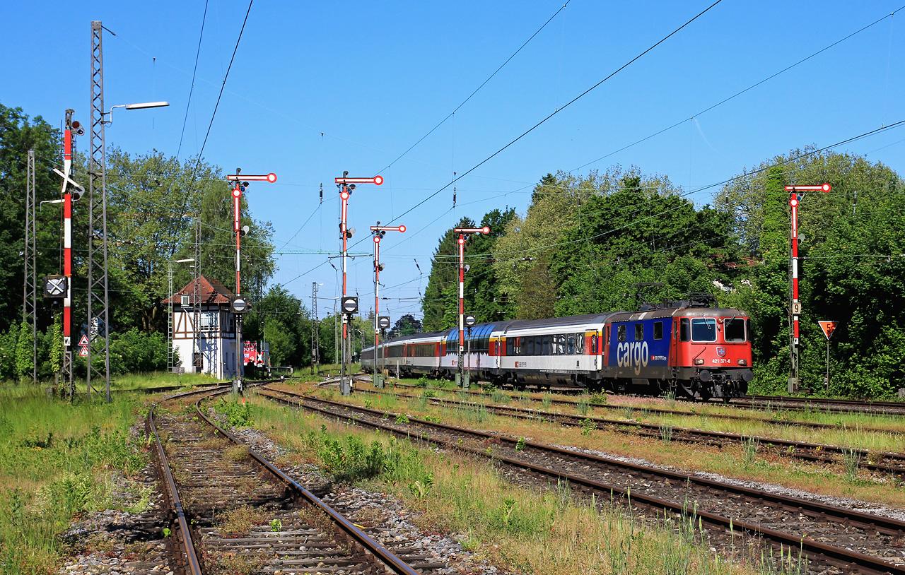 http://badische-schwarzwaldbahn.de/DSO/Z435.jpg