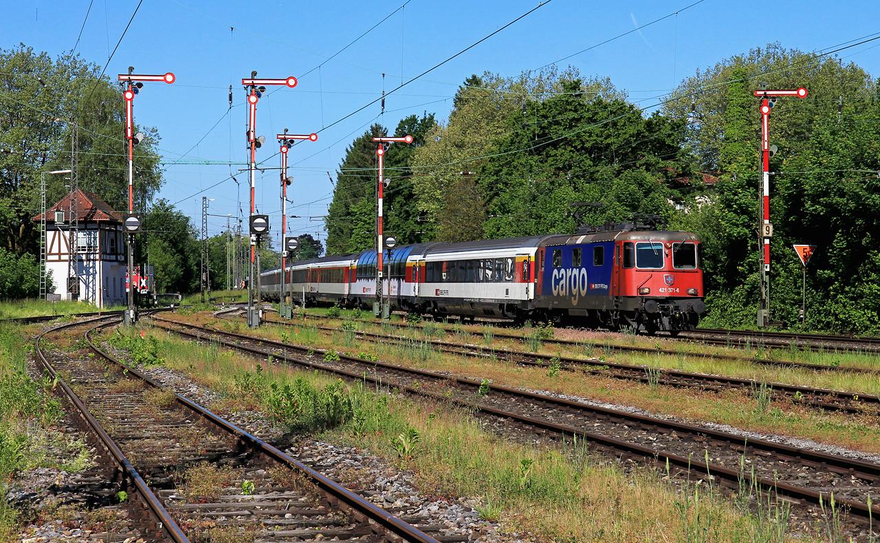 http://badische-schwarzwaldbahn.de/DSO/Z436.jpg