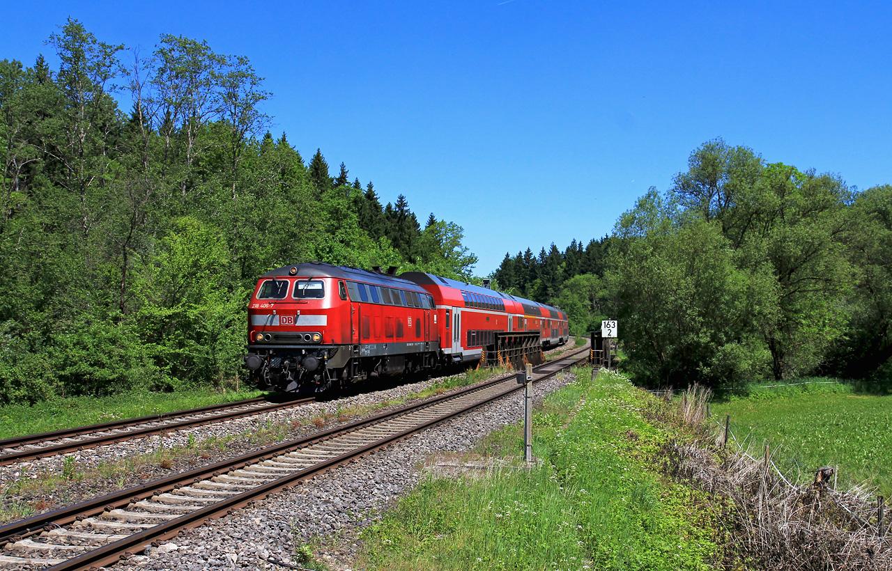 http://badische-schwarzwaldbahn.de/DSO/Z438.jpg
