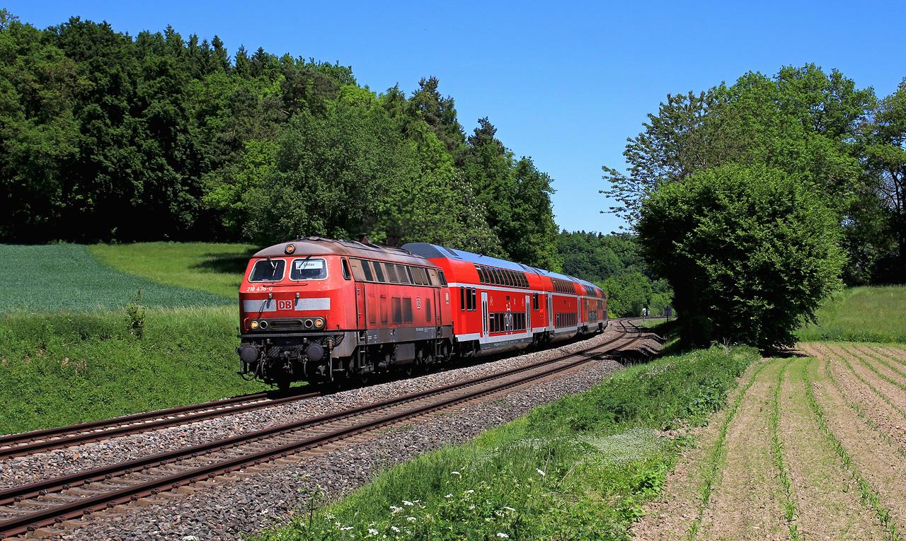 http://badische-schwarzwaldbahn.de/DSO/Z439.jpg