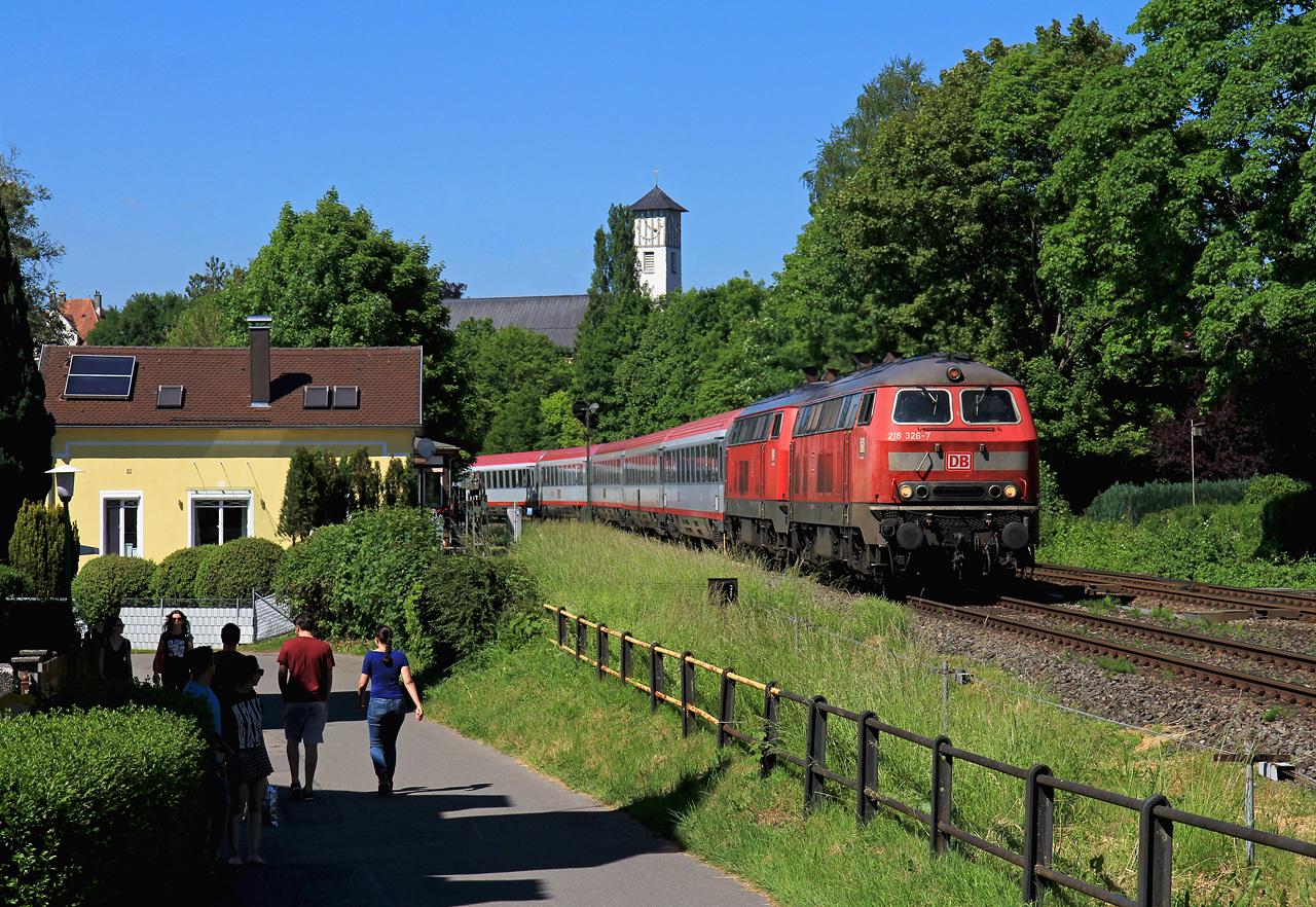 http://badische-schwarzwaldbahn.de/DSO/Z442.jpg