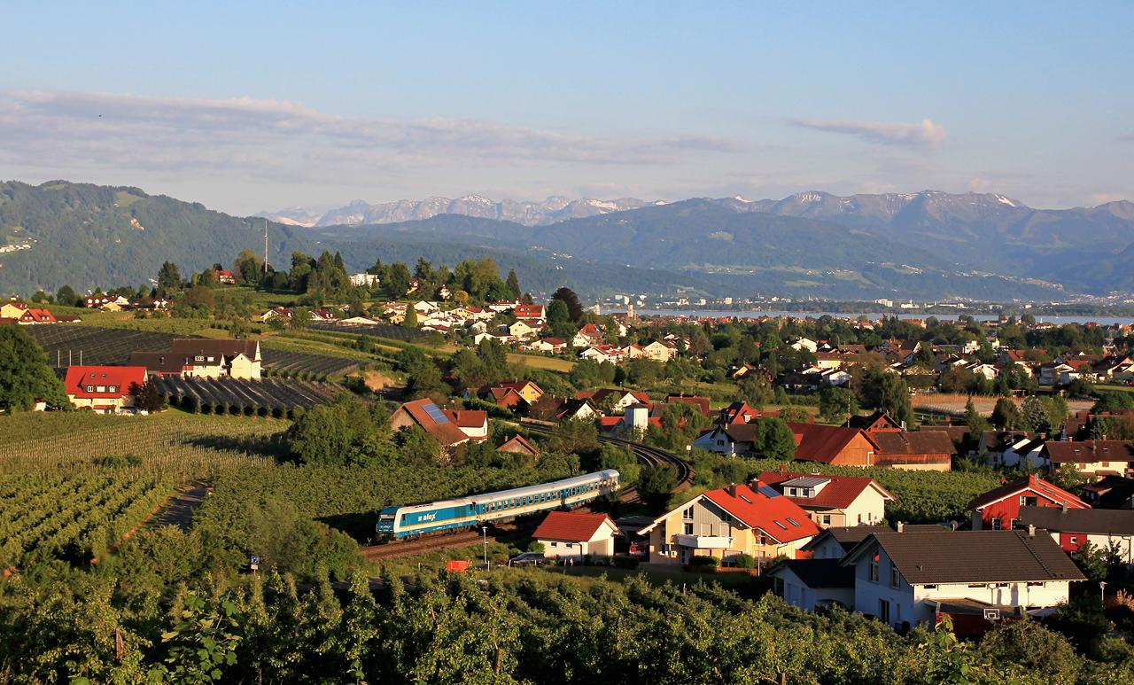 http://badische-schwarzwaldbahn.de/DSO/Z461.jpg