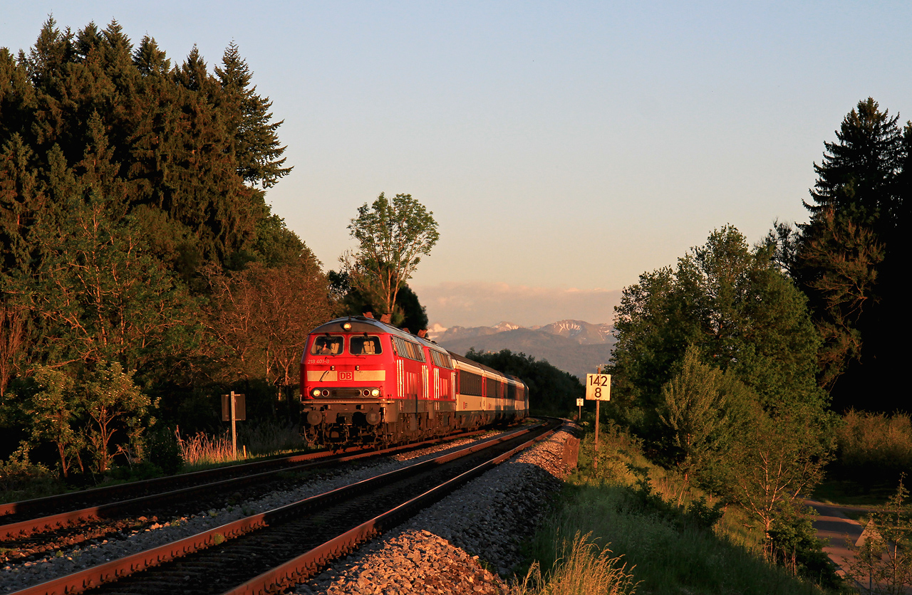 http://badische-schwarzwaldbahn.de/DSO/Z463.jpg