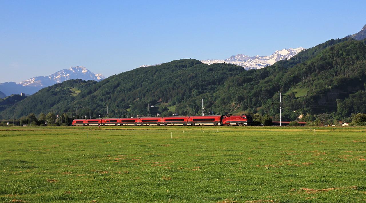 http://badische-schwarzwaldbahn.de/DSO/Z471.jpg