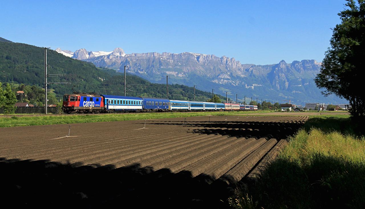 http://badische-schwarzwaldbahn.de/DSO/Z475.jpg