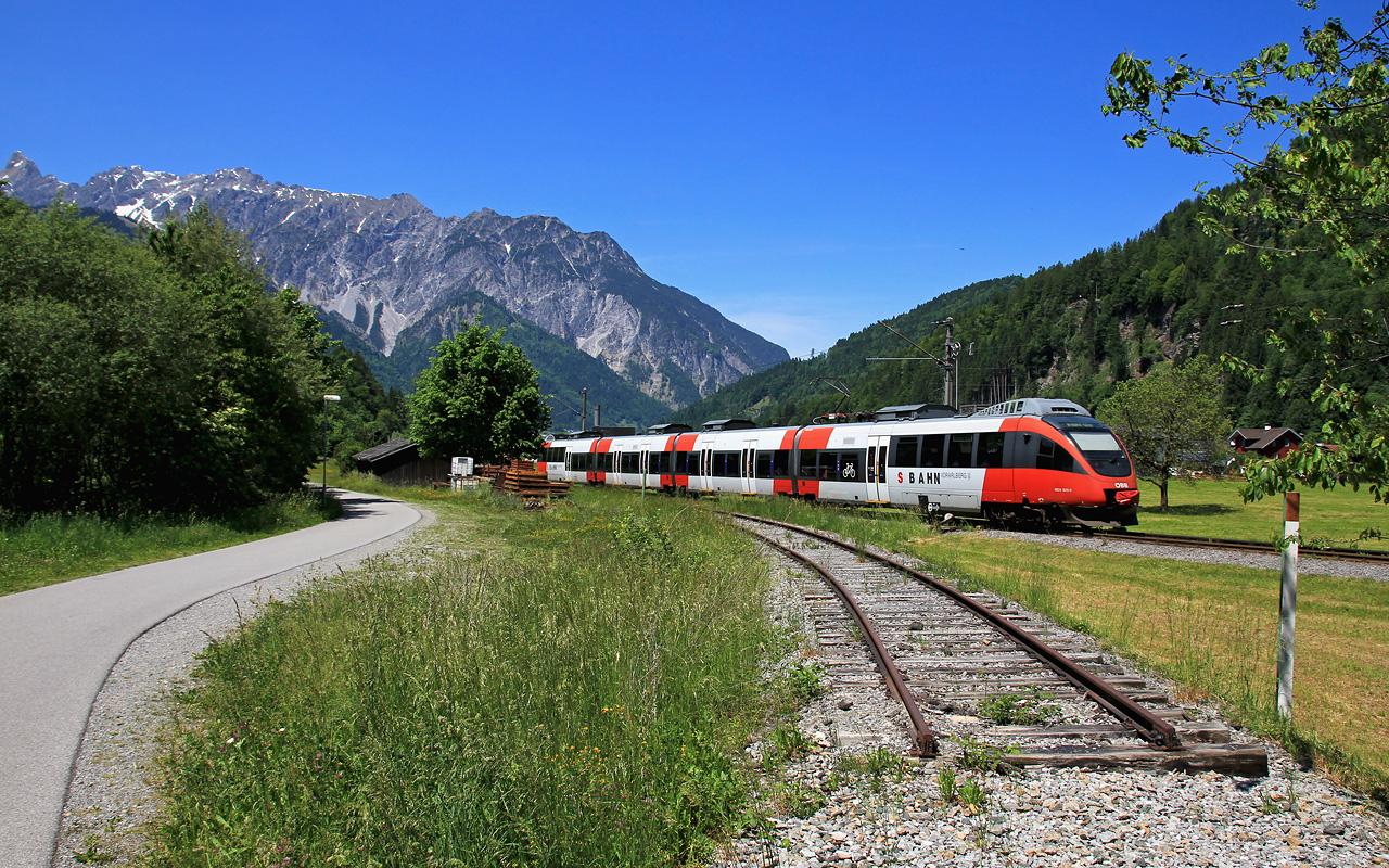 http://badische-schwarzwaldbahn.de/DSO/Z480.jpg