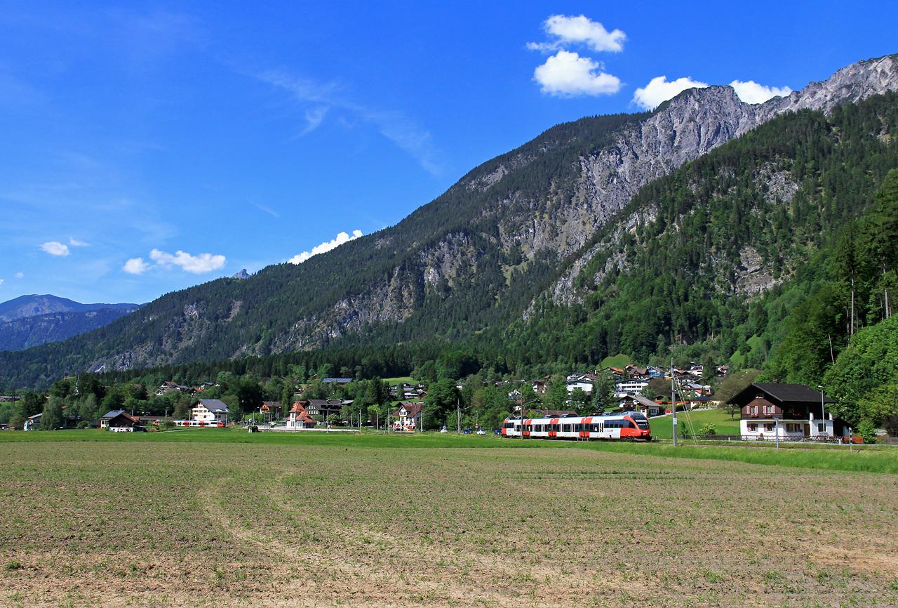 http://badische-schwarzwaldbahn.de/DSO/Z488.jpg