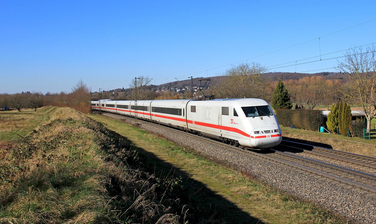http://badische-schwarzwaldbahn.de/DSO/Z528.jpg