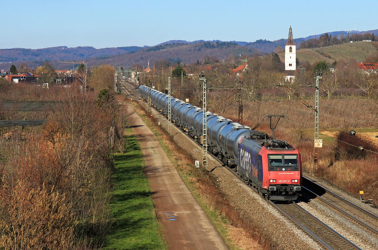 http://badische-schwarzwaldbahn.de/DSO/Z533.jpg