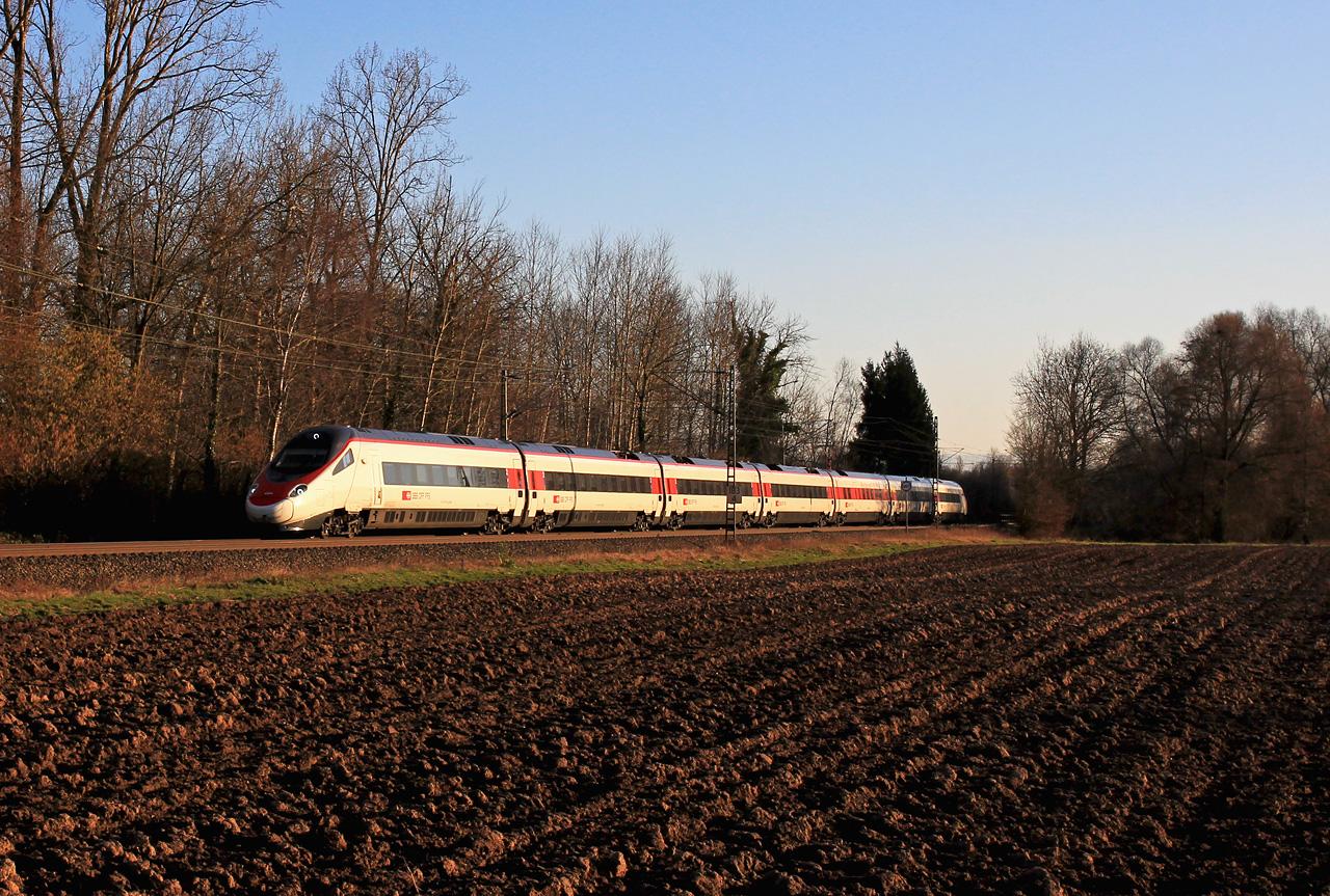 http://badische-schwarzwaldbahn.de/DSO/Z540.jpg