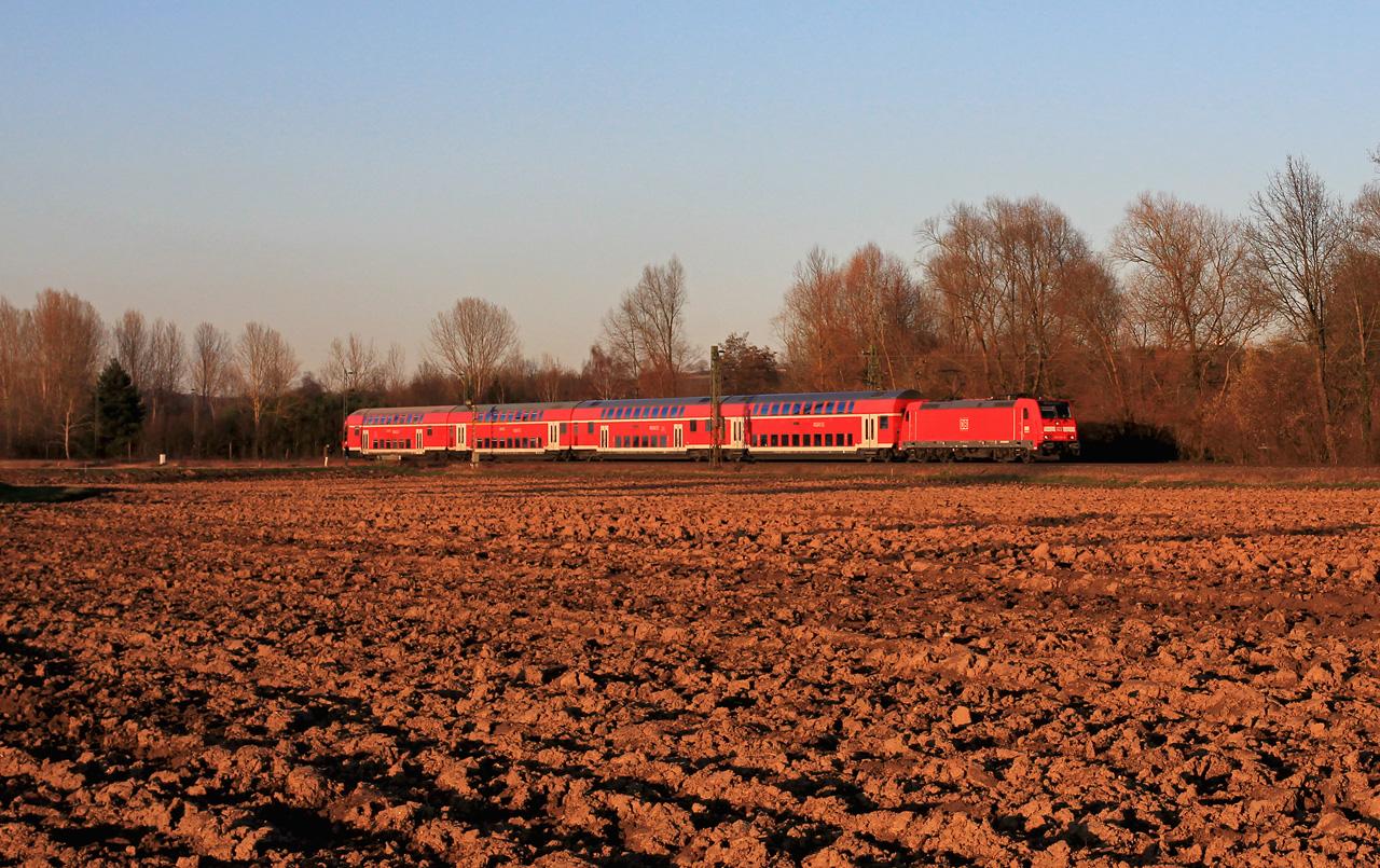 http://badische-schwarzwaldbahn.de/DSO/Z542.jpg