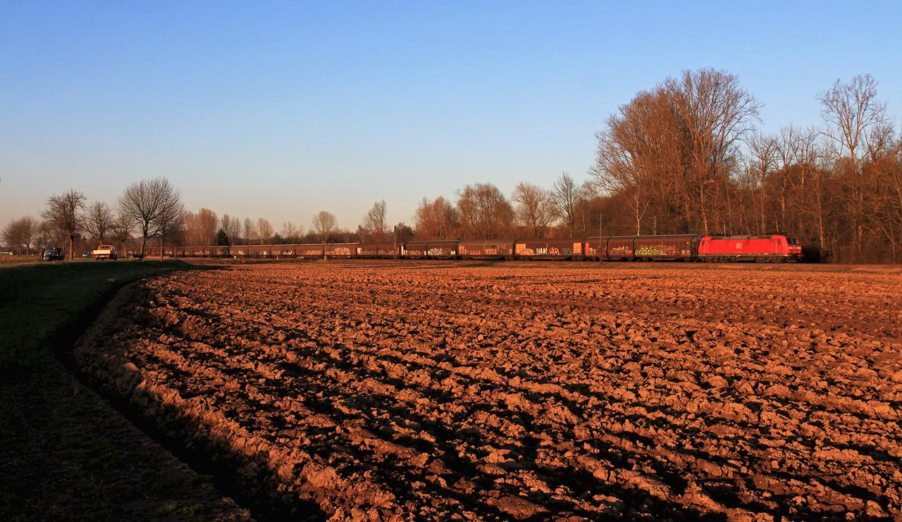 http://badische-schwarzwaldbahn.de/DSO/Z543.jpg