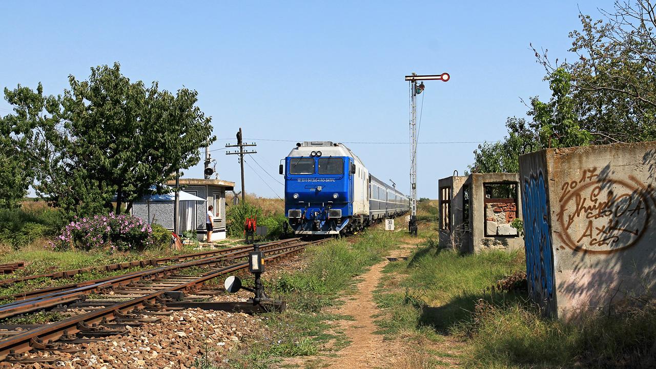 http://badische-schwarzwaldbahn.de/DSO/Z562.jpg