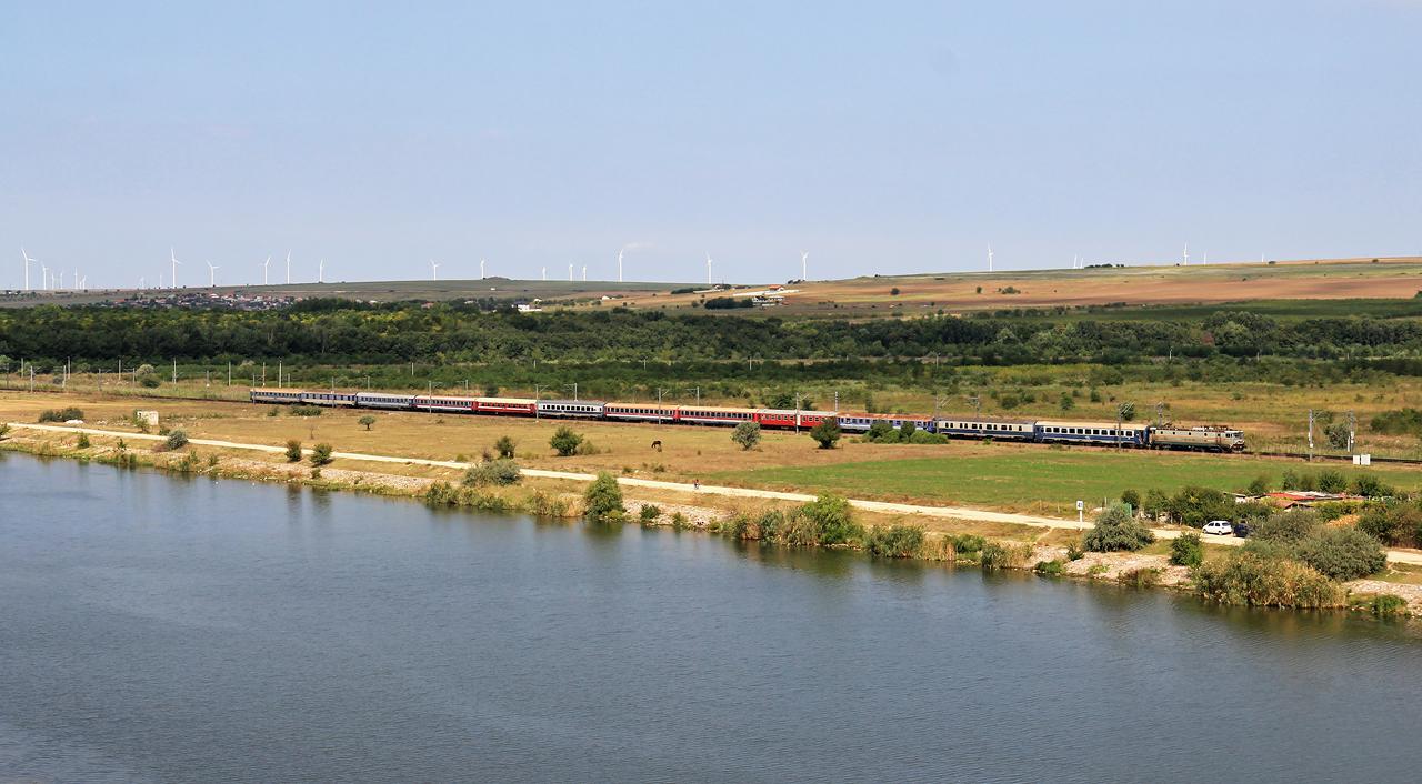 http://badische-schwarzwaldbahn.de/DSO/Z599.jpg