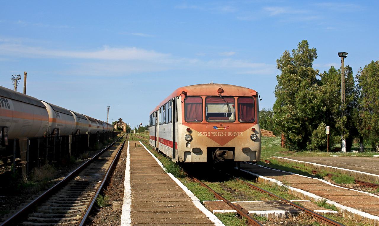 http://badische-schwarzwaldbahn.de/DSO/Z628.jpg