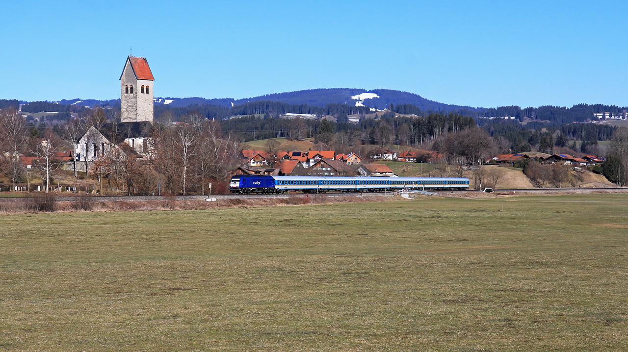 http://badische-schwarzwaldbahn.de/DSO/Z743.jpg
