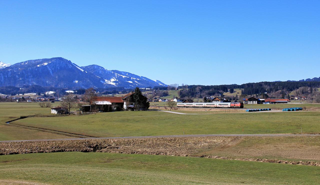 http://badische-schwarzwaldbahn.de/DSO/Z746.jpg