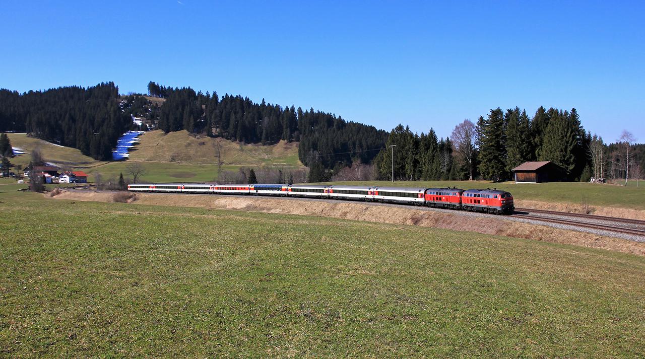 http://badische-schwarzwaldbahn.de/DSO/Z751.jpg