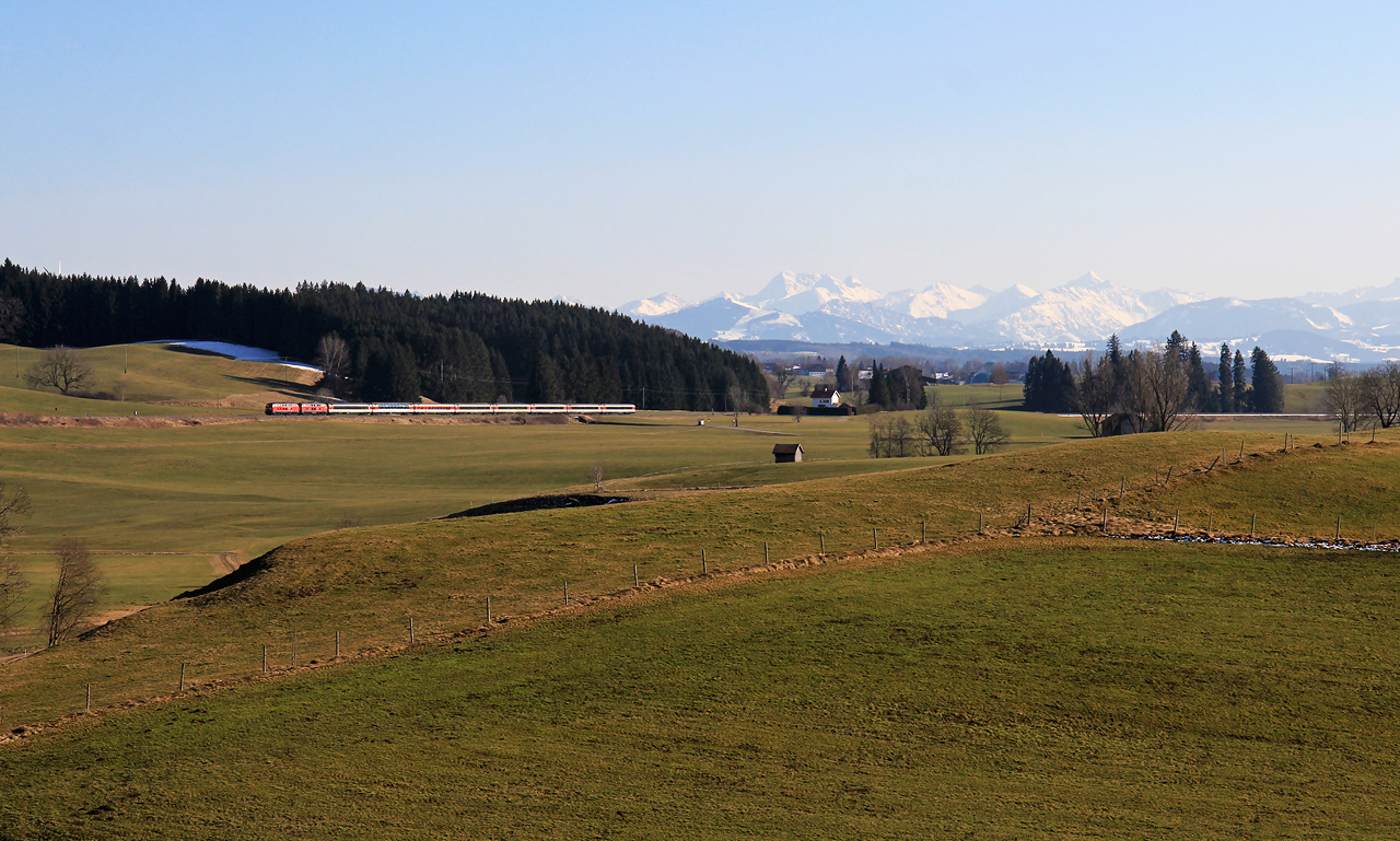 http://badische-schwarzwaldbahn.de/DSO/Z760.jpg