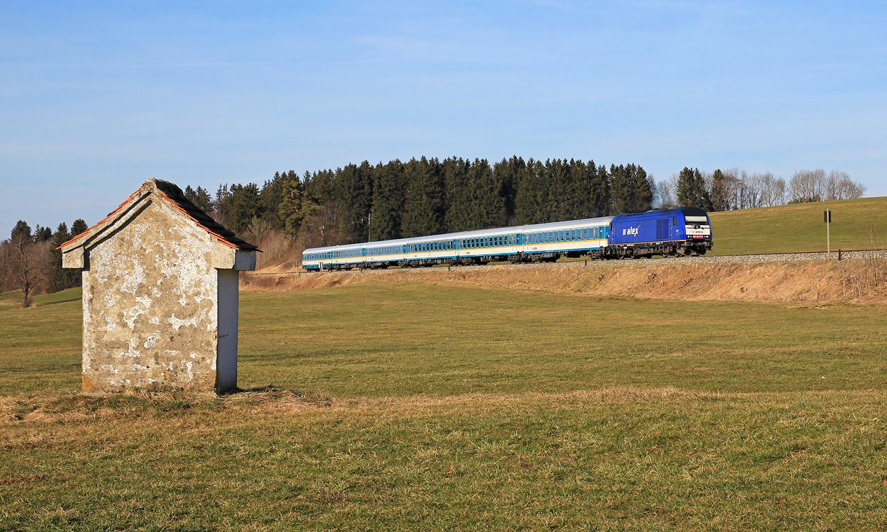 http://badische-schwarzwaldbahn.de/DSO/Z761.jpg