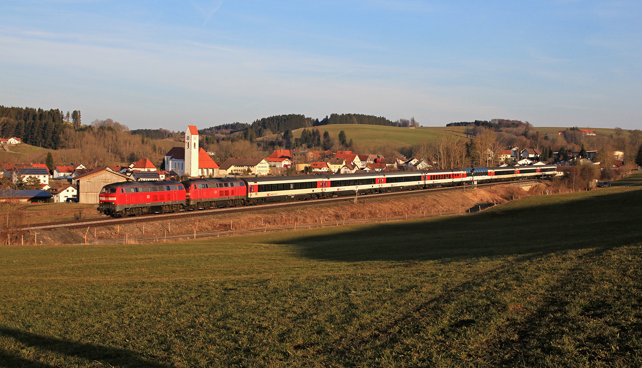 http://badische-schwarzwaldbahn.de/DSO/Z762.jpg