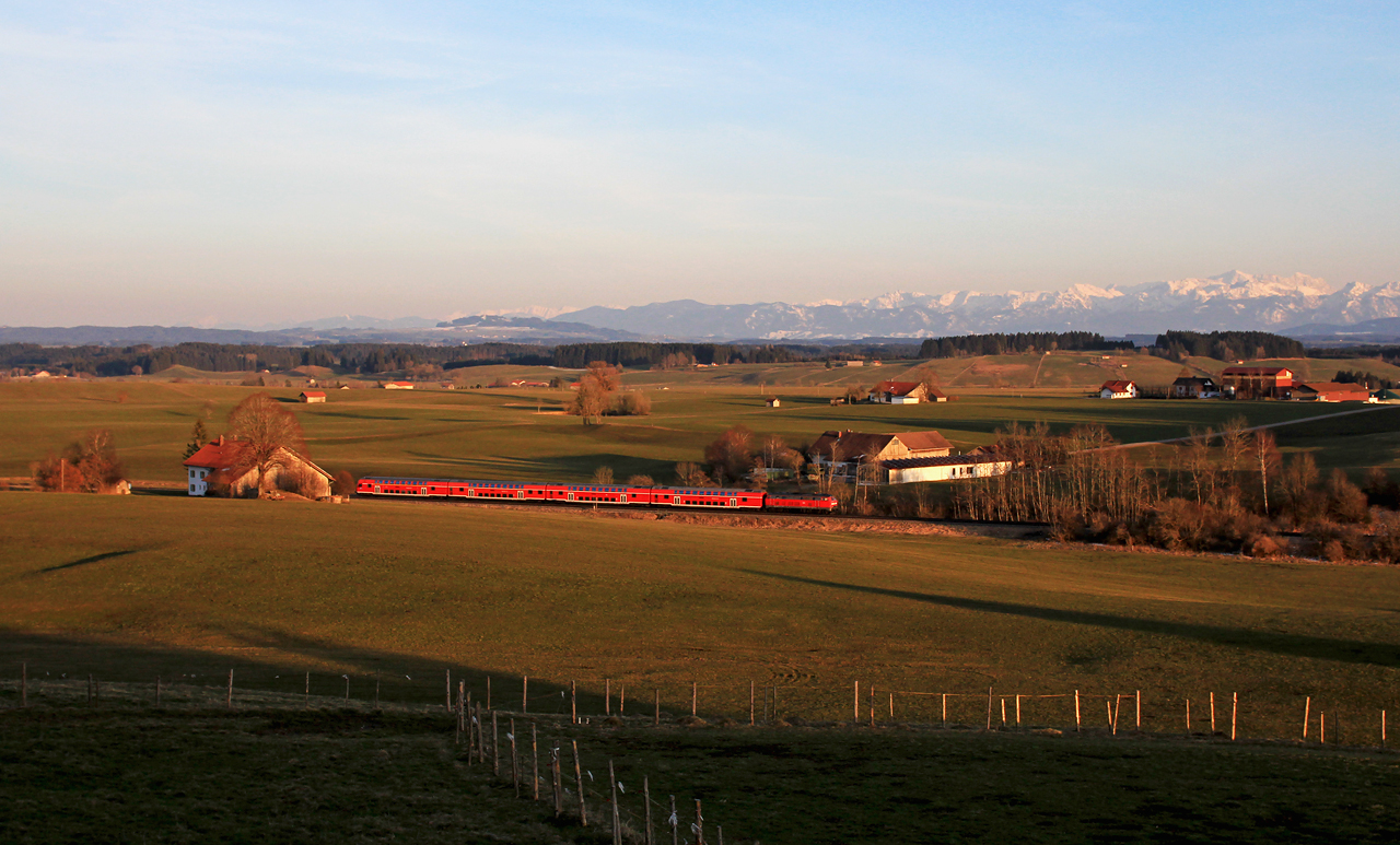 http://badische-schwarzwaldbahn.de/DSO/Z763.jpg